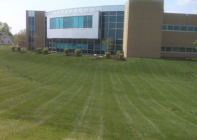 Lawn Care Maintenance & Landscaping by A Kut Above in Beavercreek, Ohio